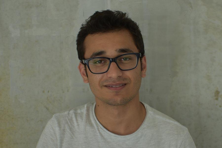R. Hossaini djo-berlin